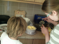 Mason & Ruthie Making Cakes.