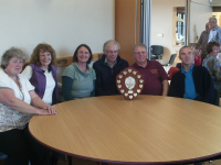 The winning Hollesley team - l to r; Jane Harper, Jenny Lloyd, Anne Buswell, Fred Stentiford, Peter Harper & Sam Shannon.